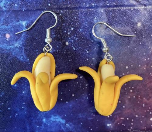 banana_earrings