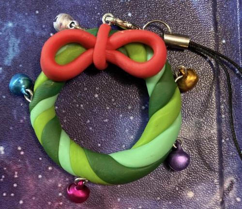 Bell_wreath_charm